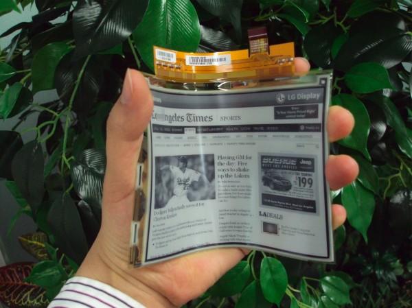 LG presenta el Primer Papel Electrónico Flexible