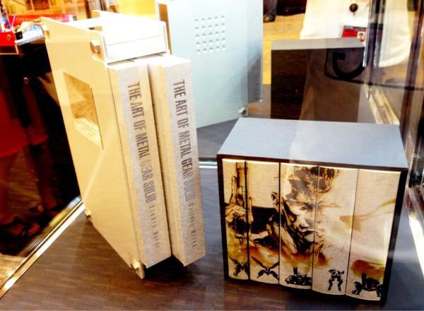 Colección de élite! libros de Metal Gear a la venta