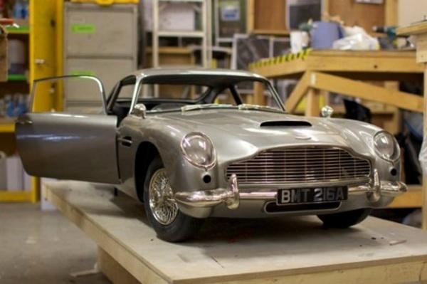 El Aston Martin DB5 Destruido En James Bond Skyfall Era Un Modelo Impreso En 3D