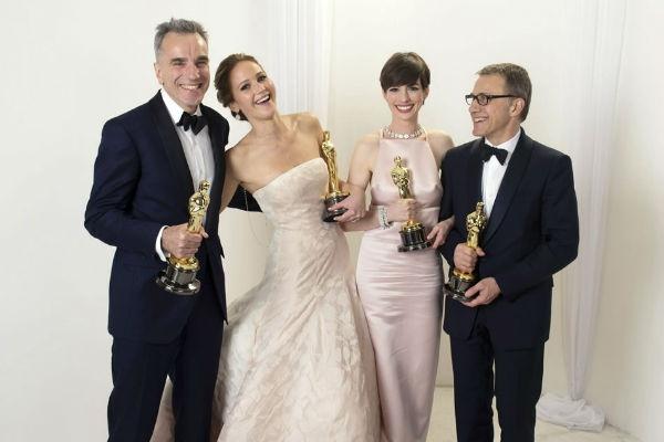 La mejor imagen de la noche con los cuatro ganadores.