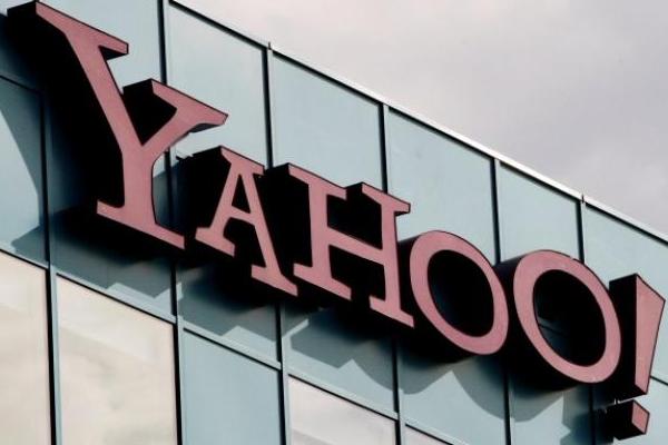 Yahoo sigue reformulando y cierra 7 productos