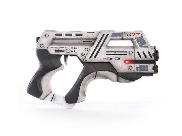 M-77-Paladin-Official-Replica-Mass-Effect-Pistol
