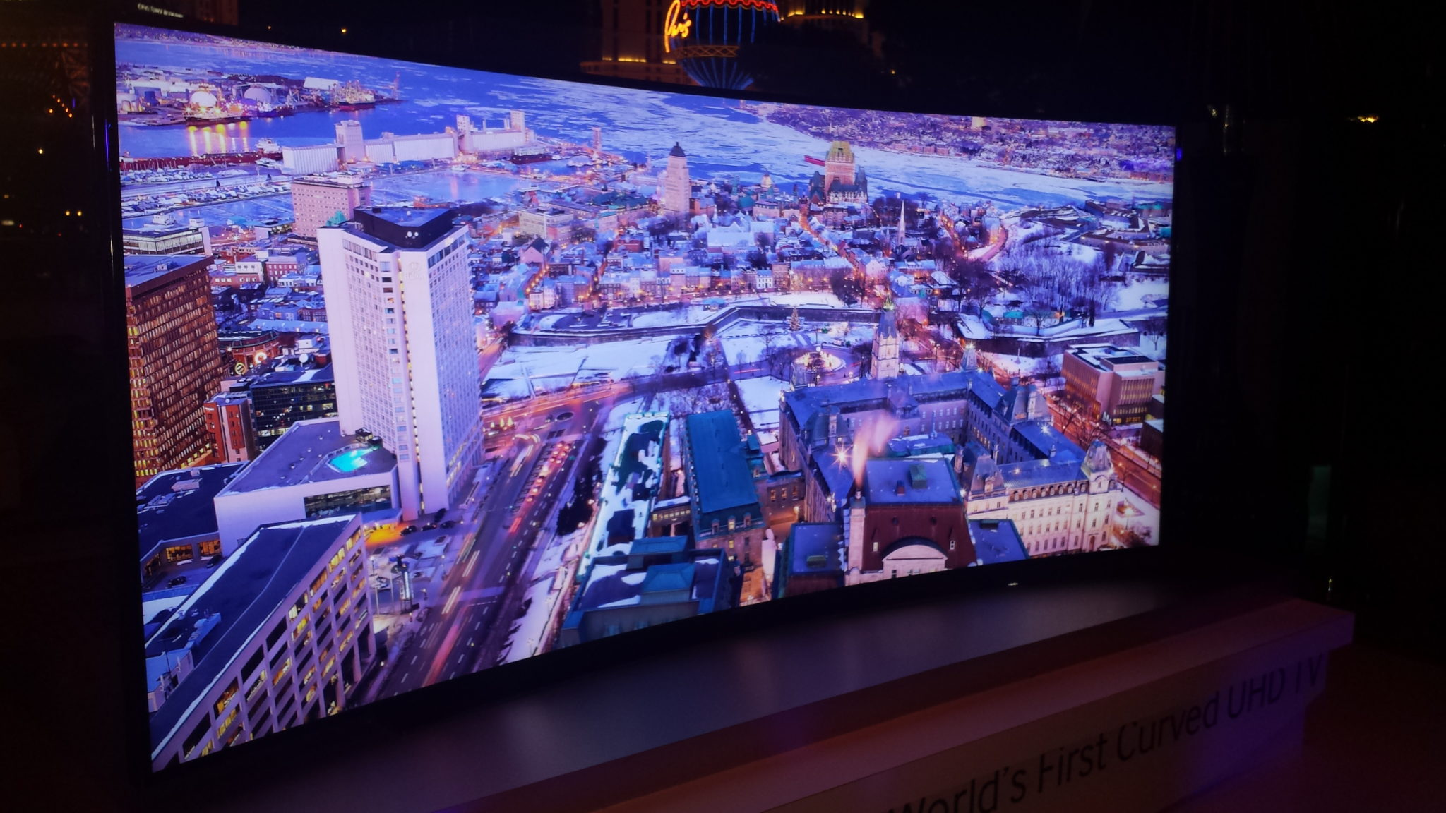 CES 2014: Samsung muestra tv curva