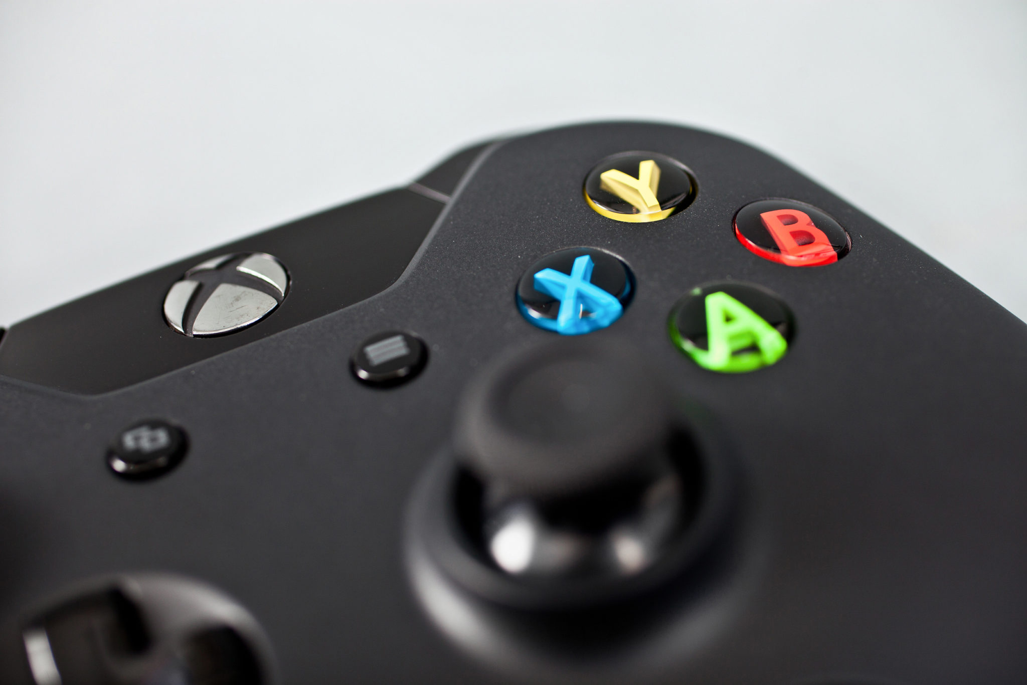 Como utilizar los controles de PS4 y Xbox One en la PC